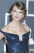 th 84686 taylor swift 122 179lo Taylor Swift thinks Taylor Lautner is hot