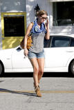 Nicky Hilton - Страница 6 Th_47300_celebrity_paradise.com_TheElder_NickyHilton2010_05_07_atByronTraceysaloninLA19_122_243lo
