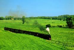 22 Beautiful Trains Wallpapers  Th_76294_tduid1721_Forum.anhmjn.com_20101124121950003_122_26lo