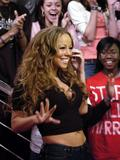 Mariah Carey January 23, 2006 NYC Candids Foto 564 (Марайа Кэри 23 января 2006 НЬЮ-ЙОРК Candids Фото 564)