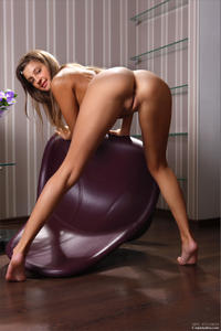 [Image: th_403175964_Tara_mpl_pleasure_seeker_5_122_379lo.jpg]
