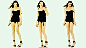 Liv Tyler Triple treat wallpaper