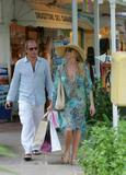 Nicollette Sheridan - Shopping in Saint Barth, 26-12-2007 Foto 126 (�������� ������� - ������� � ����-����, 26-12-2007 ���� 126)